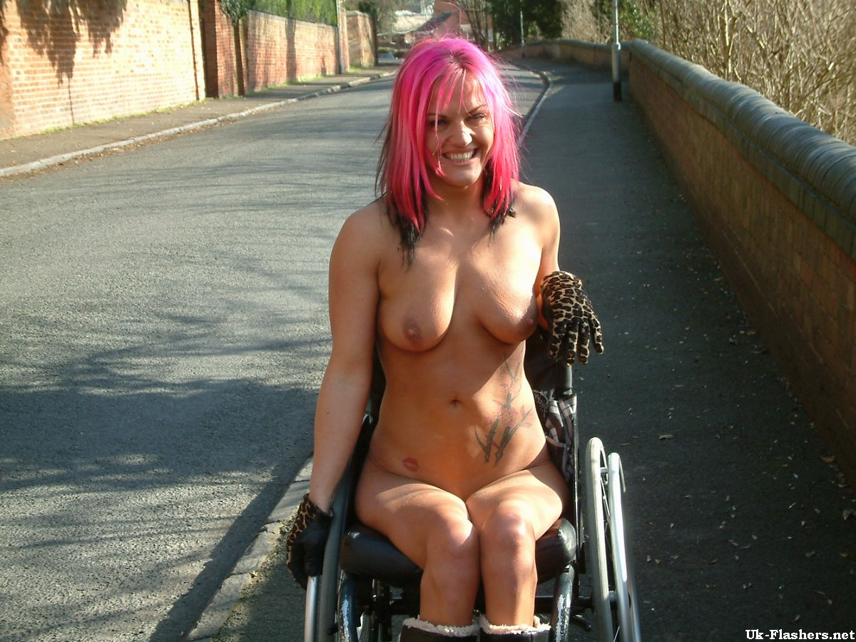Lea Wheelchair Flash